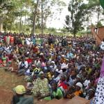 Mh Anna Tibaijuka akizungumza na wakazi wa Mubunda