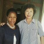 Prof Anna Tibaijuka atembelewa na rafiki yake