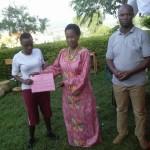 06-02-2016 Prof Anna Tibaijuka(mb) akitoa zawadi kwa wanafunzi wa Kajumulo Alexander Girls' High School
